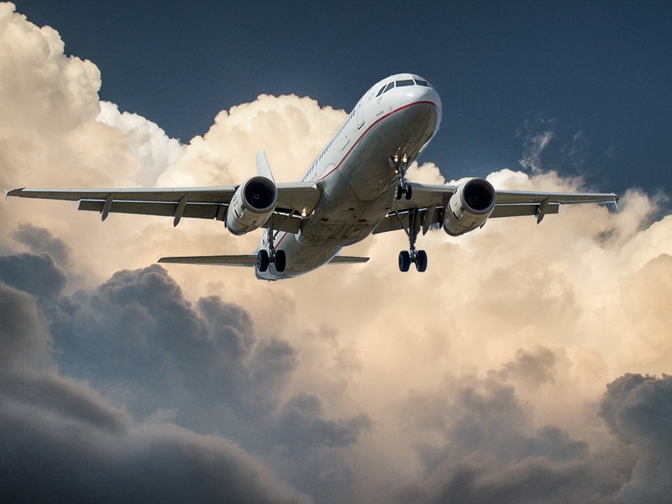 Uçak kazalarından sağ kurtulanlar mucize mi?