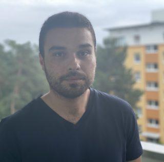 Almanya'da Türk ailenin her iki çocuğu da ellerinden alındı